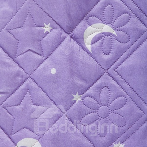 Elegant Stars and Moon Pattern Purple Polyester Quilt