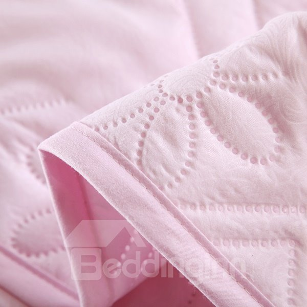 Wonderful Romantic Solid Pink Soft Polyester Quilt
