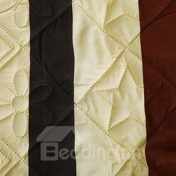 Lightweight Classical Stripes Ultra Soft Polyester Quilt