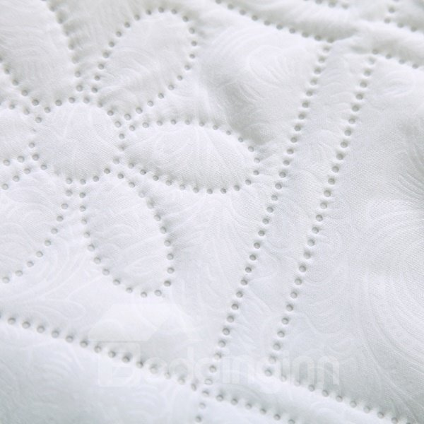 High Quality Exquisite Pure White Polyester Summer Quilt