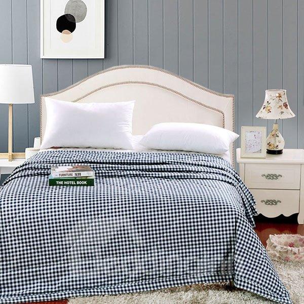 Super Soft Neutral Concise Plaid Blue Polyester Quilt