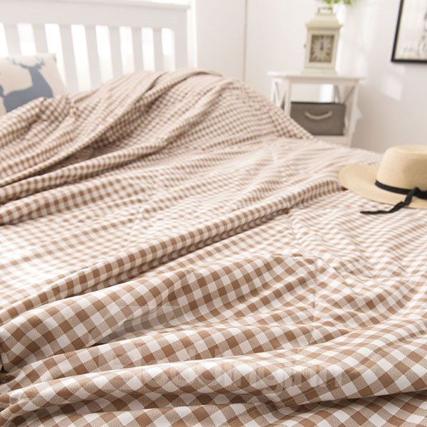 Classical Ultra Soft Plaid Print Coffee Polyester Quilt