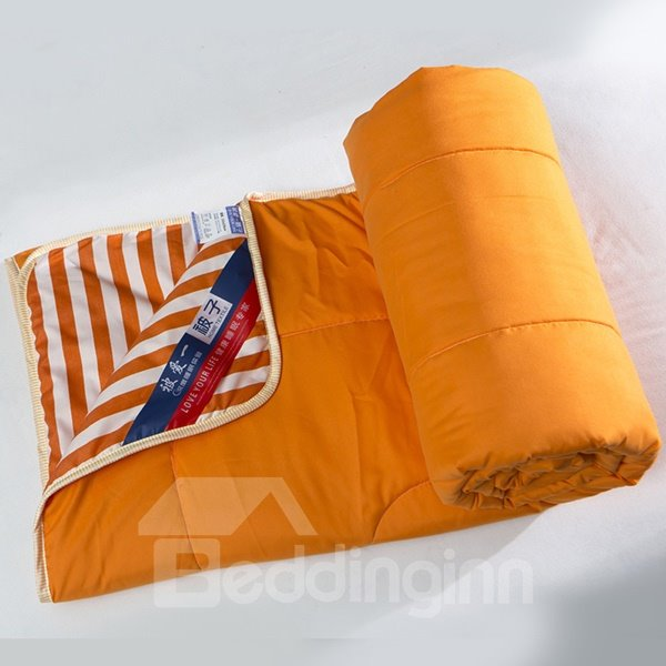 Super Soft Durable White and Orange Stripes Polyester Quilt