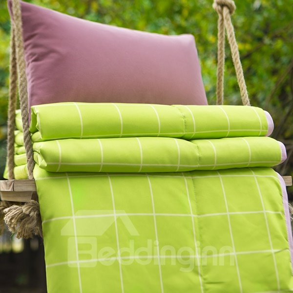 Fresh Style Plaid Green and Pink Polyester Quilt