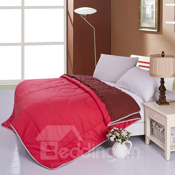 Delicate Red Color Print Ultra Soft Cotton Quilt