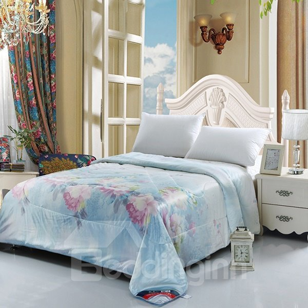 Graceful Flowers Print Exquisitely Smooth Summer Quilt