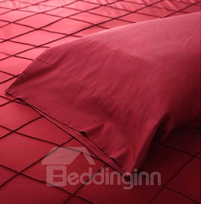 Solid Red Stylish 4-Piece Polyester Duvet Cover Sets