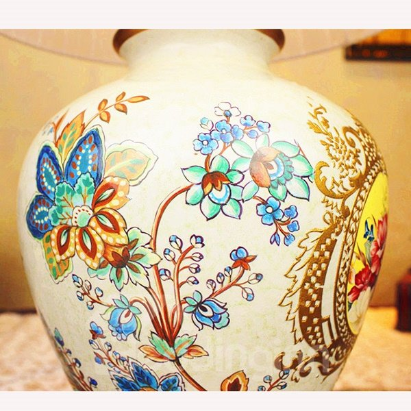 White Hand Painted Flower Pattern Table Lamp