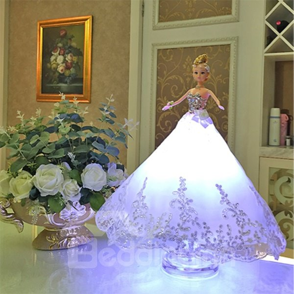 Creative Beautiful Color Modulation Barbie Doll Shape Table Lamp