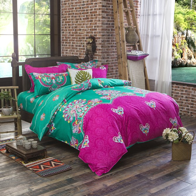 Gorgeous Contrast Color Exotic Pattern Polyester 4-Piece Duvet Cover Sets