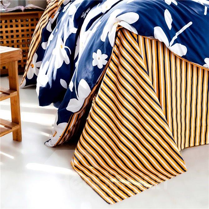 Fresh White Flowers Dark Blue 4-Piece Cotton Duvet Cover Sets