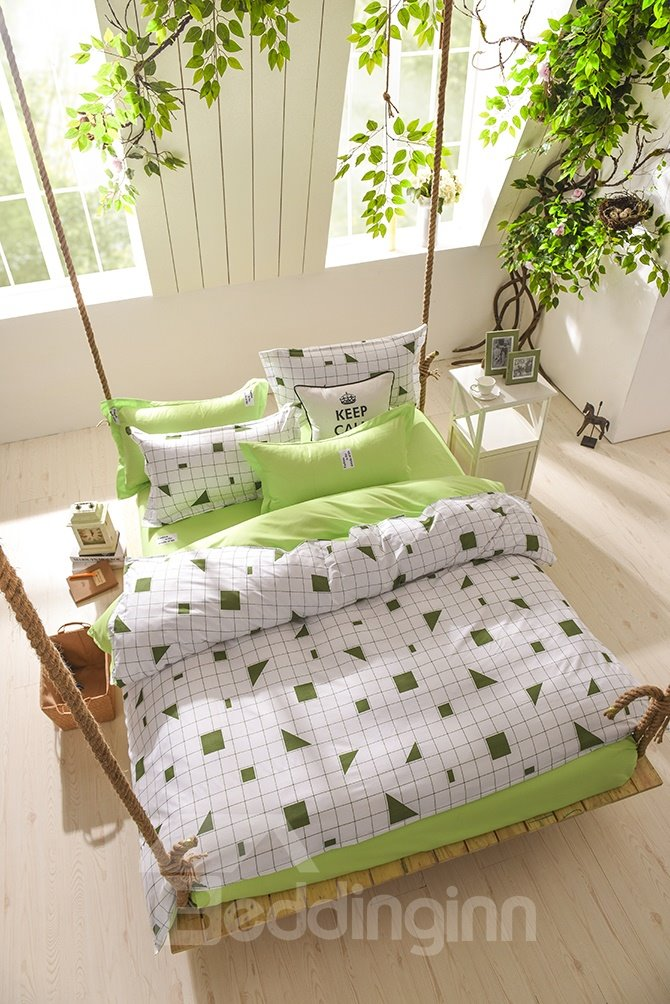 Concise Plaid and Triangle Print 4-Piece Polyester Bedding Sets