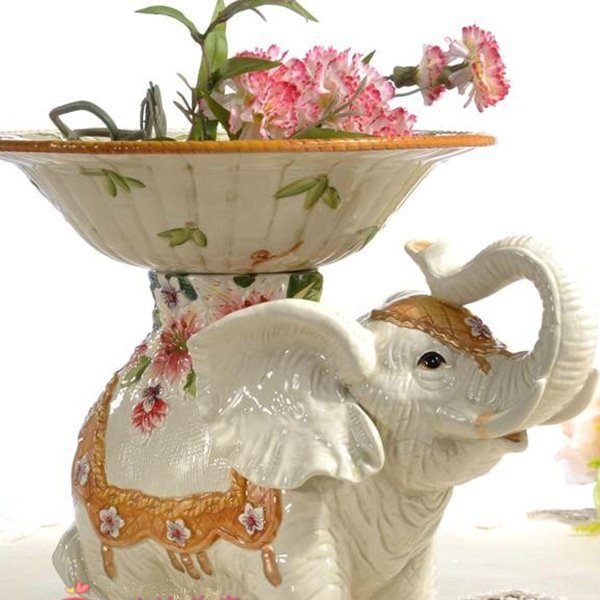 Modern Design Flower Pattern Elephant Fruit Plate Painted Pottery