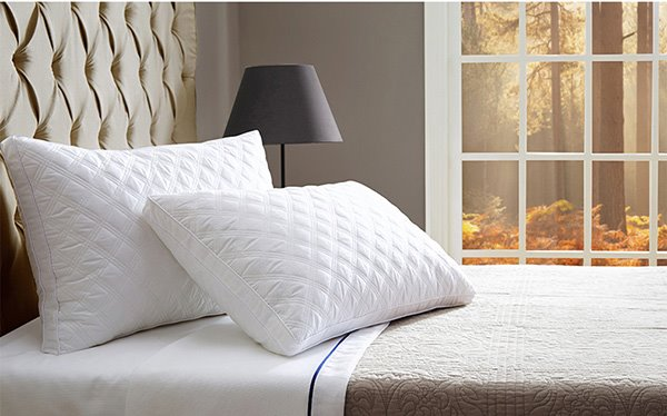 Minimalist Style Noble White 2-Piece Quilted Bed Pillows