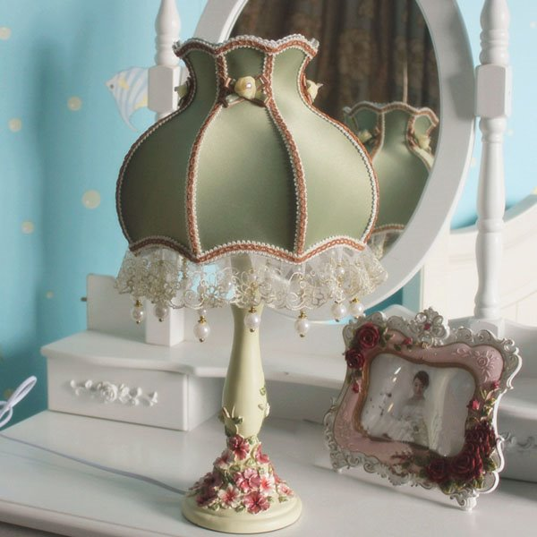 Green Lace Concise Countryside Style Table Lamp