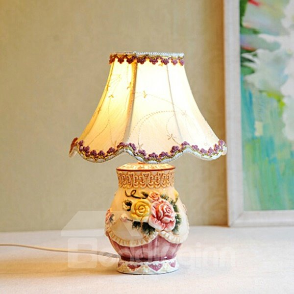 Creative Ceramic Flower Pattern Table Lamp Painted Pottery