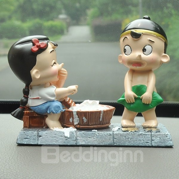 Innocence Delight And Interesting Two Cartoon Characters Car Creative Decor