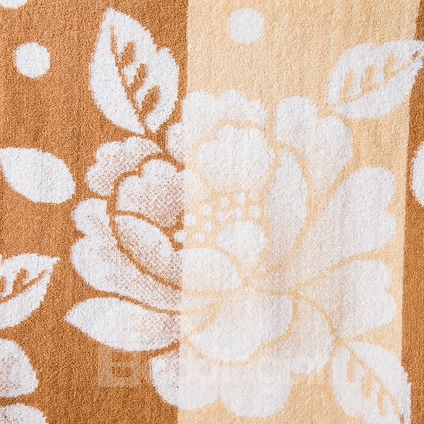 Super Soft Sumptuous Peony Jacquard Cotton Quilt