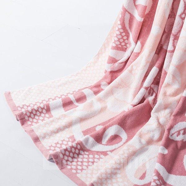 Glamorous Peony Jacquard Cameo Brown Cotton Quilt
