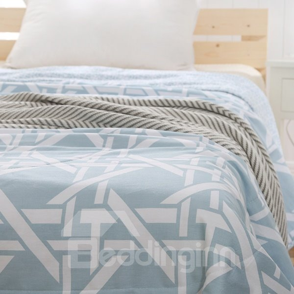 Minimalist Style Stripes Print Blue Air Conditioner Quilt