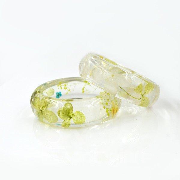 60 MM Hand-made Light Green Preserved Flowers Resin Round Bracelet