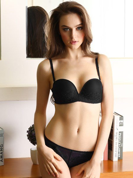 Sexy Plain And Most Charming Design Bra Sets