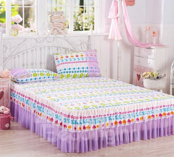 Dreamy Flowers Print Lace Embellishment Bed Skirt with 2-Piece Pillow Cases