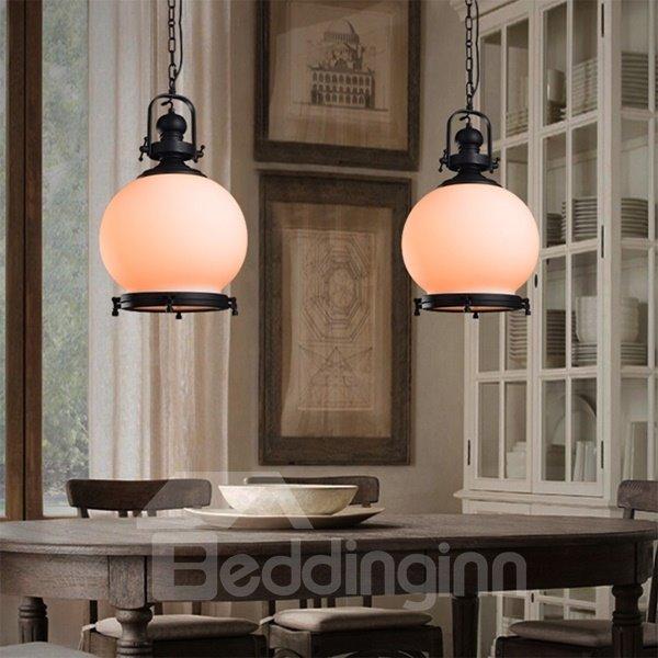 Decorative White Round Shape Iron and Glass Pendant Light