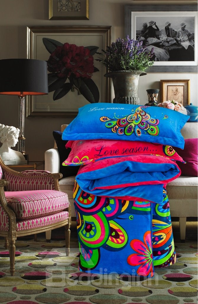 Chic Peacock Print 4-Piece Coral Fleece Duvet Cover Sets