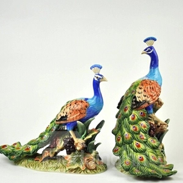 Modern Design Two Peacocks Desktop Decoration Painted Pottery