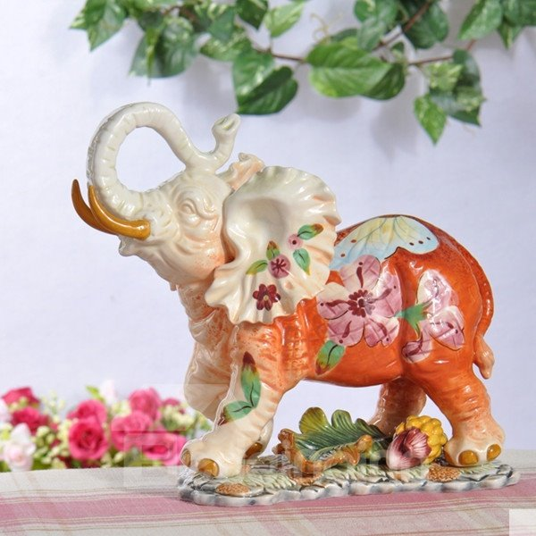 Lovely Cute Ceramic Little Elephant Shape Desktop Decoration Painted Pottery