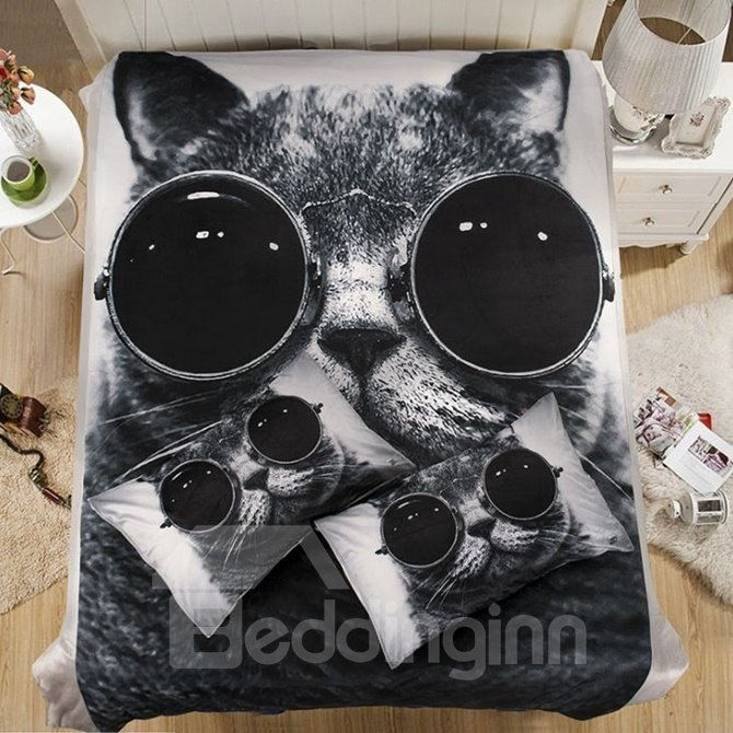 Cool Cat with Sunglasses Print Coral Fleece 4-Piece Duvet Cover Sets