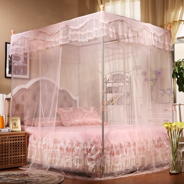 Spacious and Lightweight Polyester Box Mosquito Net