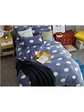 Excellent White Cloud Print 4-Piece Flannel Duvet Cover Sets