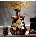 High-Grade Ceramic Calla Lily Pattern with Golden Plant Desktop Flower Vase