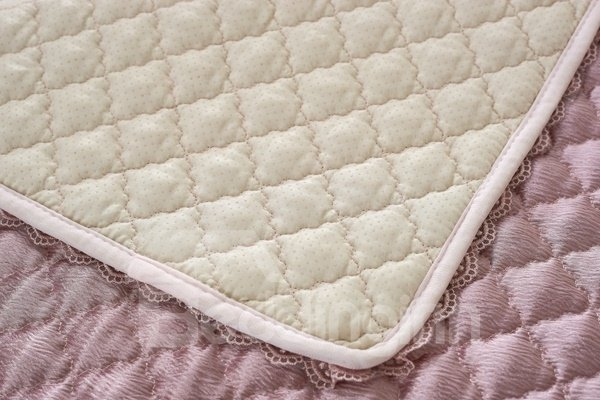 Pink Decorative Cushion Slip Resistant With Beautiful Peplum Quilting Sofa Covers