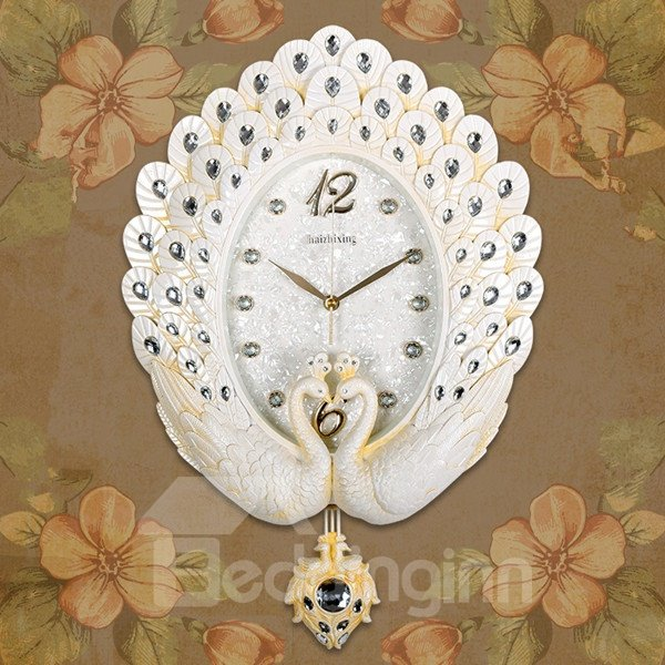Fashion Design White Peacock with Acrylic Diamond Mute Battery Wall Clock