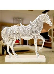 Delicate Resin Golden and Sliver Horse Shape Modern Style Desktop Decoration