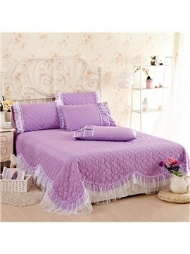 Comfortable and Soft Lace Embellishment 3-Piece Bed in a Bag