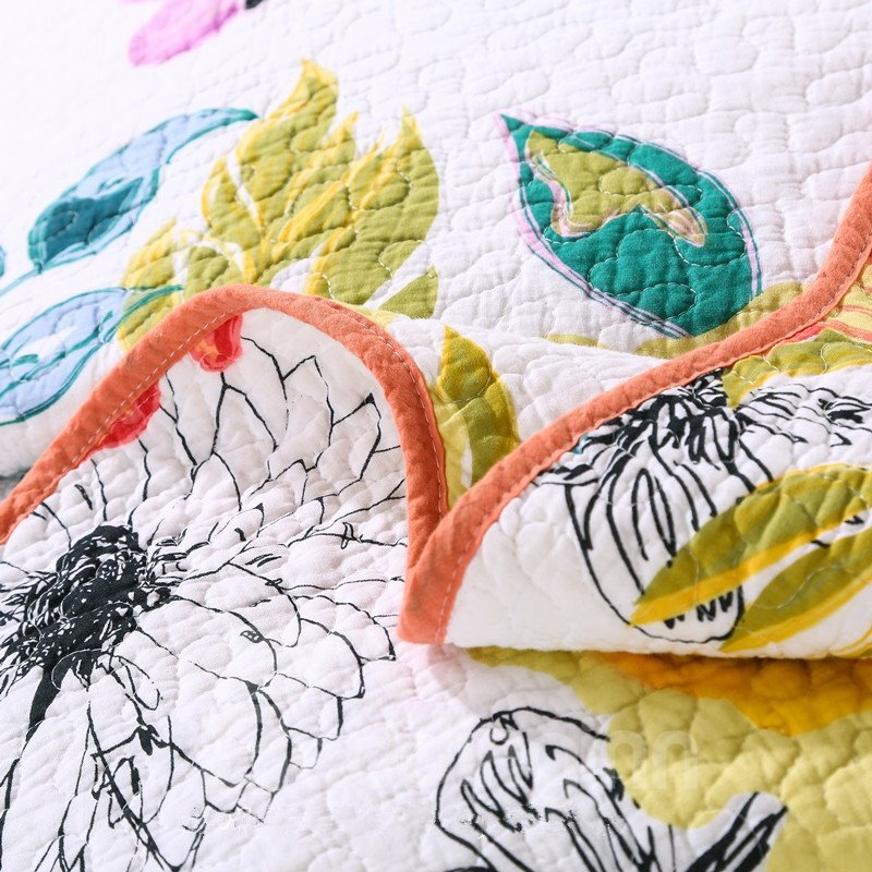 Colorful Flowers Print Patchwork Cotton Queen Size 3-Piece White Bed in a Bag