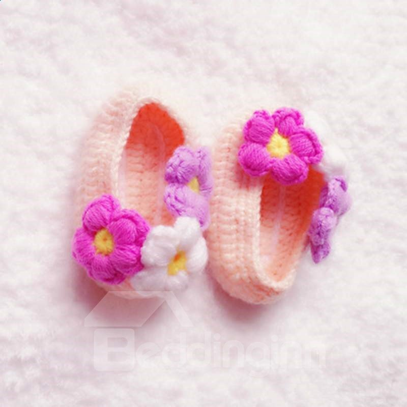 Pretty Flowers Design Pink Knitting Baby Booties
