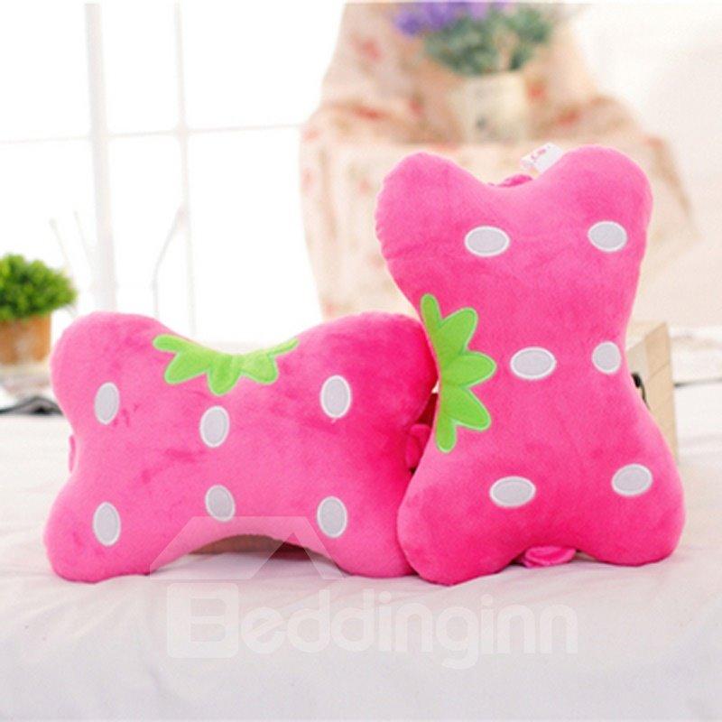 Attractive 1-Pair Red Strawberry Model Design Creative Car Headrest Pillow