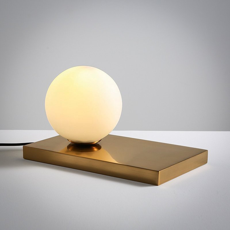 Modern Simple Design White Glasses Ball Shape Home Decorative Table Lamp
