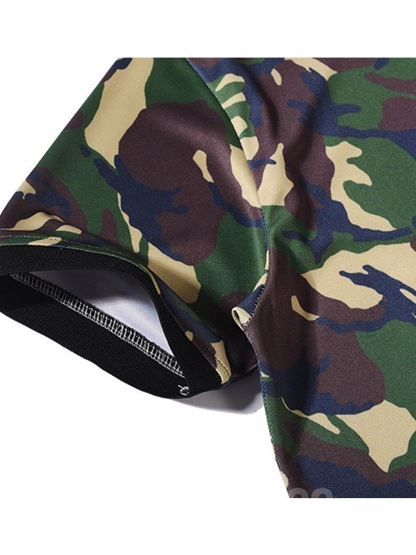 Camouflage with Letters Polyester Short Sleeves Men