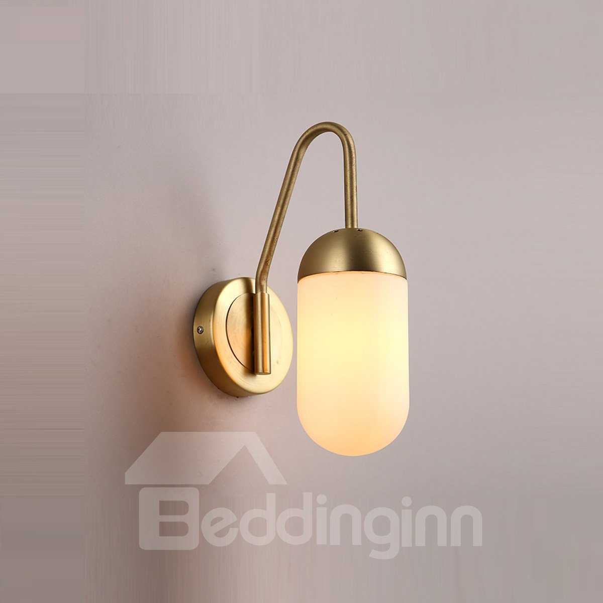 Round Basis and Oval-Shaped Design Hardware and Glass 1-Bulb Wall Light