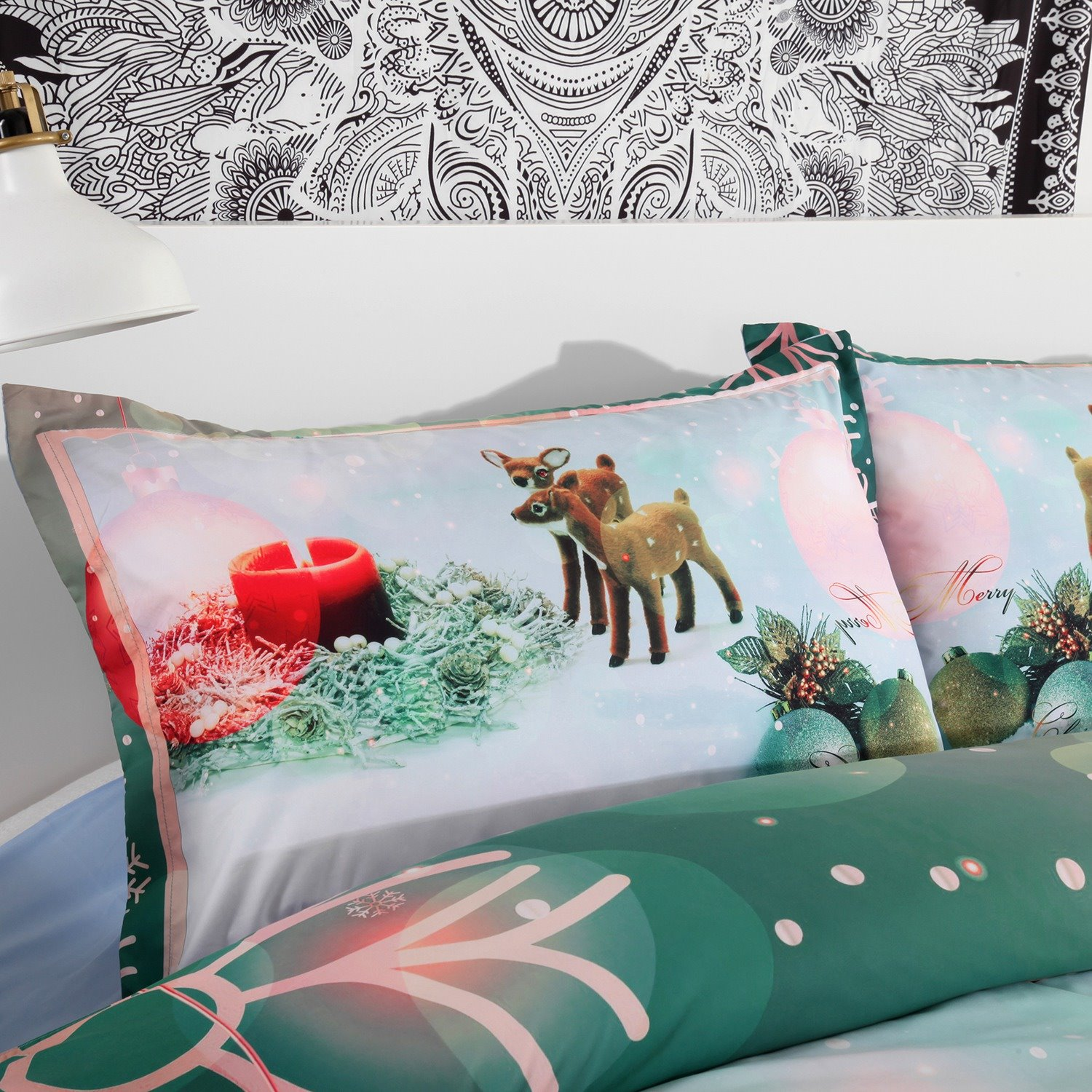 Onlwe 3D Christmas Ornaments and Snowflake Printed 4-Piece Green Bedding Sets/Duvet Covers