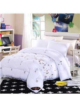 Lovely Cartoon Bear Pattern Lacy Solid White Polyester Winter Thick Quilt