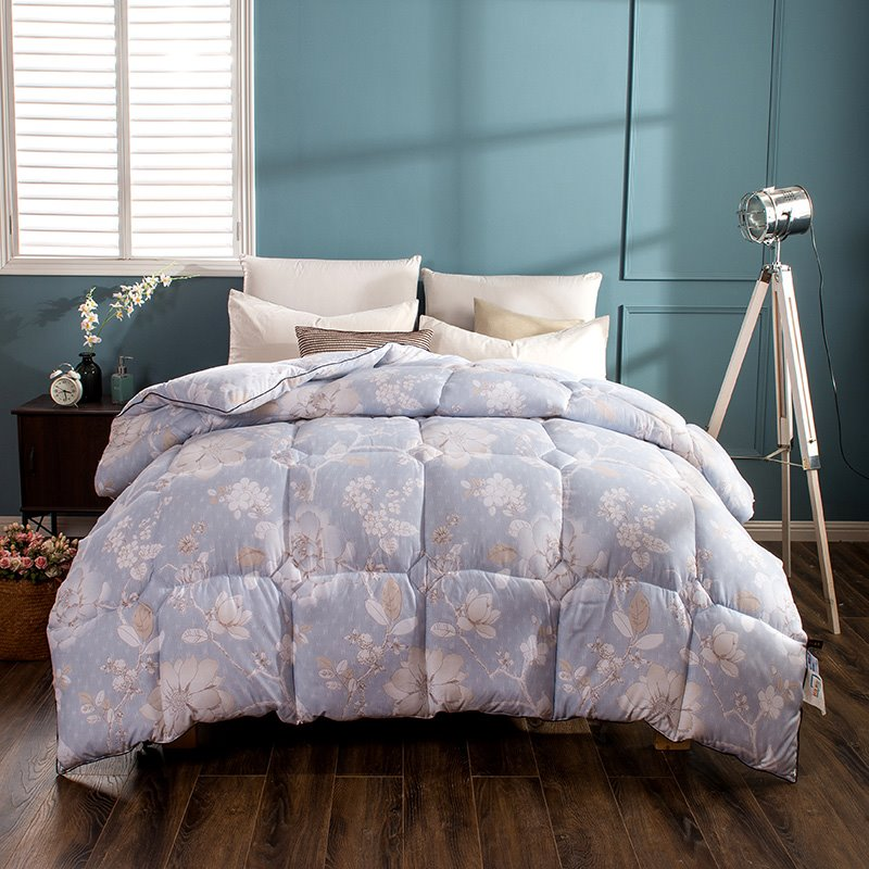 White Flower Blooming Pattern Pastoral Style Blue Feather Fabric Winter Quilt beddinginn