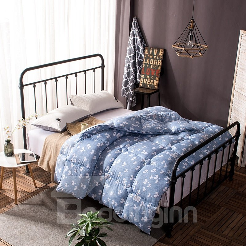 White Small Burgeon Pattern Simple Style Blue Feather Fabric Winter Quilt