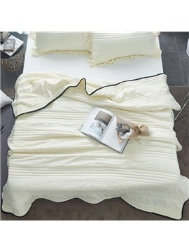 Solid Beige Simple Style Lightweight Polyester Summer Quilt